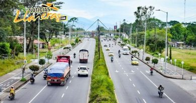 Se presenta cierre en la vía que conduce hacia Acacías por Vuelta Colombia Femenina